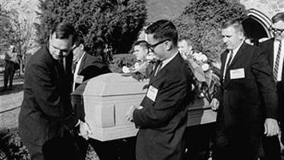 TheNoirof Funeral 13517oswaldgrave.07feb05a