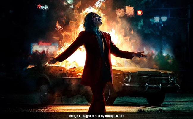 Photos Extra Joker v3f286g_joker-movie-review-instagram_625x300_01_October_19