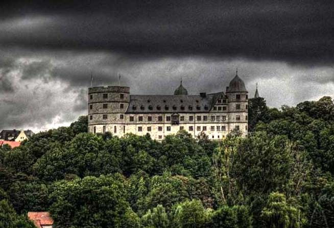 TheTrailofthe Castle 69a9b014af1ca51d9ef097949ed308f8--castles-germany