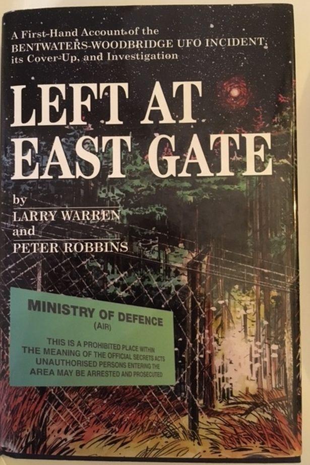 Left At PAY-Cascade_larry_warren_peter_robbins_UFO_row003JPG