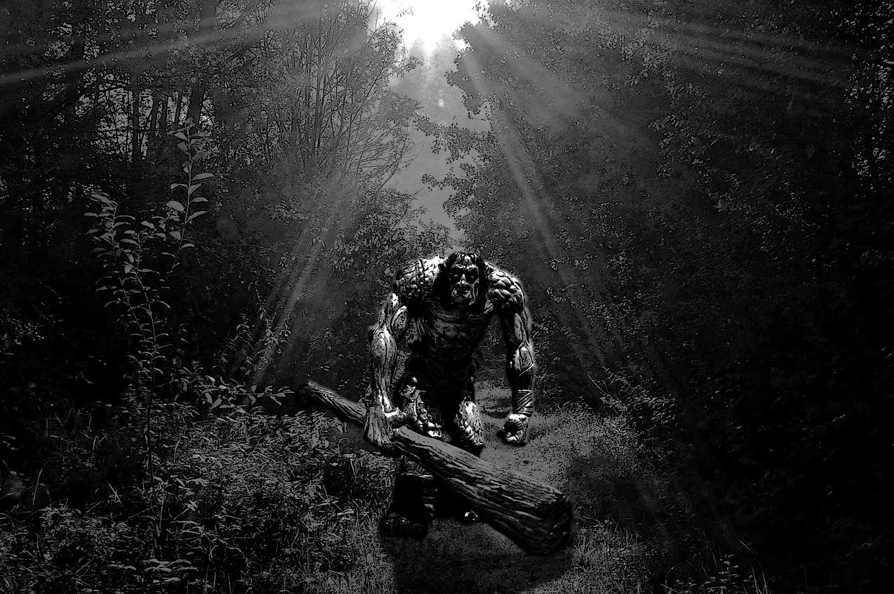 Photo Extra Caveman (httpspixabay.comenfantasy-cover-monster-scary-1739989) fantasy-1739989_1280