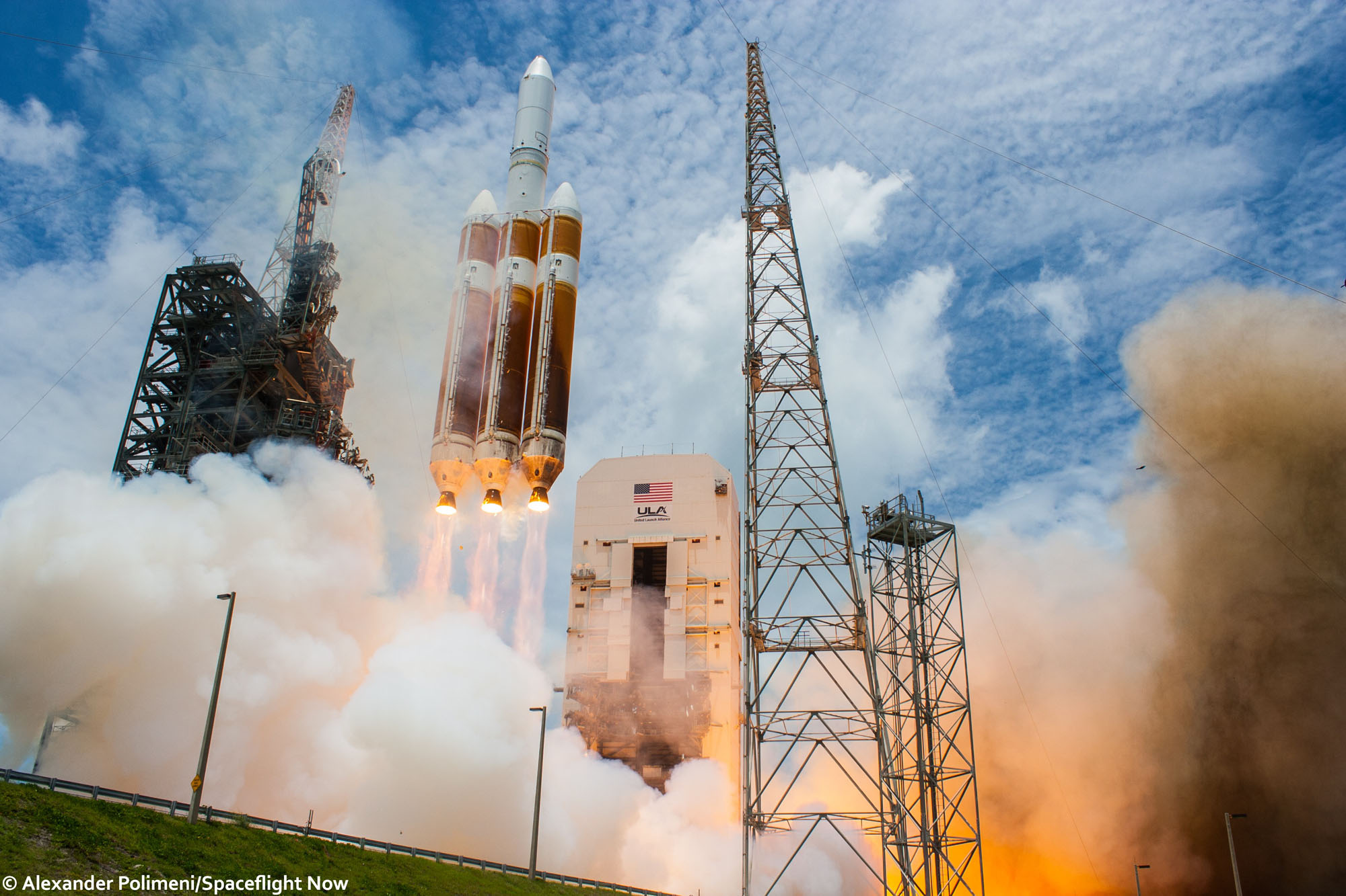 Iamtheeyeinthesky August 2013 ( Aug. 2013 httpswww.nasaspaceflight.com201308ula-delta-iv-h-launch-nrol-65 ) NROL 13