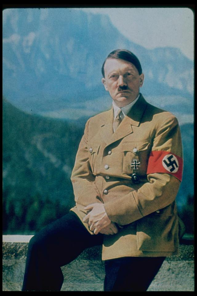 Photos Extra Hitler Image ( httpswww.thesun.co.uktech4197347antarcticas-greatest-mysteries-solved-from-lost-civilisations-to-hidden-mountains-and-crashed-ufos ) inintchdbpict000340863750