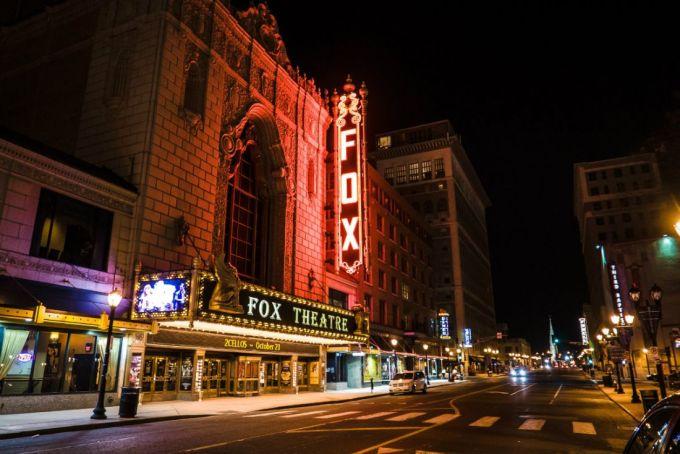 TheWildNight FOX 5-grand-center
