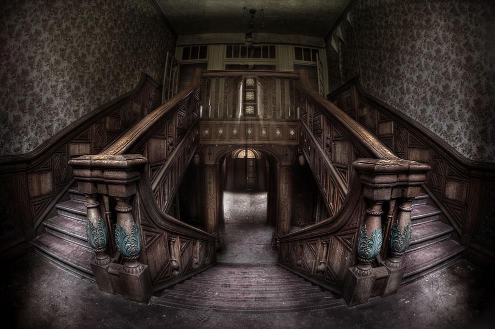 Photos Extra abandoned-hospital